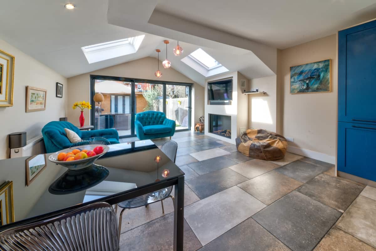 home extensions earlsfield - extension with vaulted roof and bi-fold doors