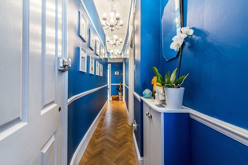 dempster_road_hallway